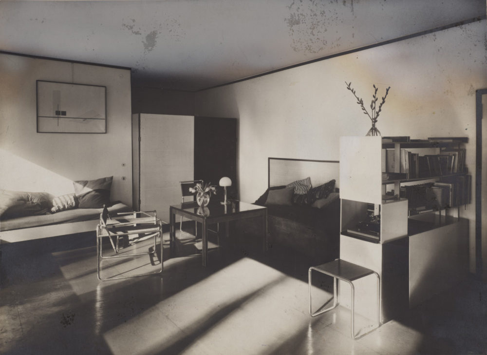 A photograph of Lucia Moholy and László Moholy-Nagy's living room, taken in 1927-28. (Courtesy Harvard Art Museums/Busch-Reisinger Museum)