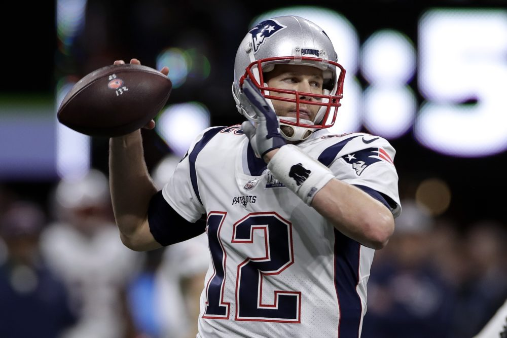 New England Patriots  Tom Brady passes against the Los Angeles Rams during  the first half bd757d25d57a