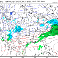 A storm passes to the south of New England Sunday Night. (Courtesy Tropical Tidbits)
