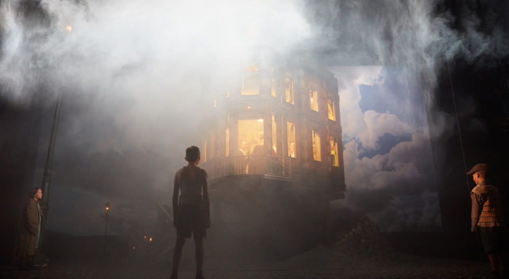 "A scene from Stephen Daldry's ""An Inspector Calls."" (Courtesy Mark Douet)"