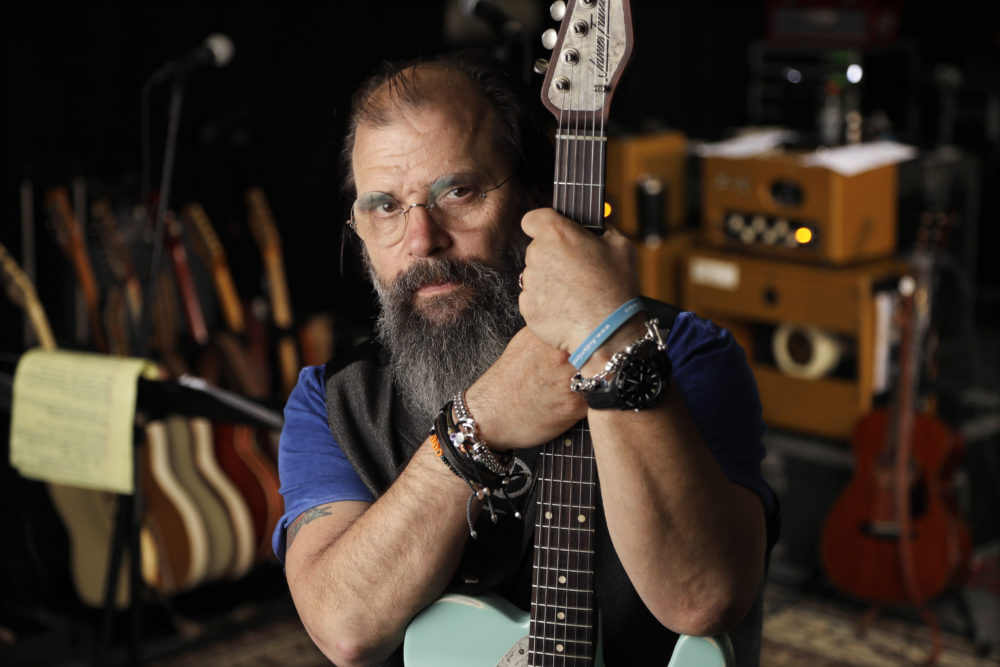 Steve Earle poses in a rehearsal studio in Nashville on June 8, 2017. (Mark Humphrey/AP)