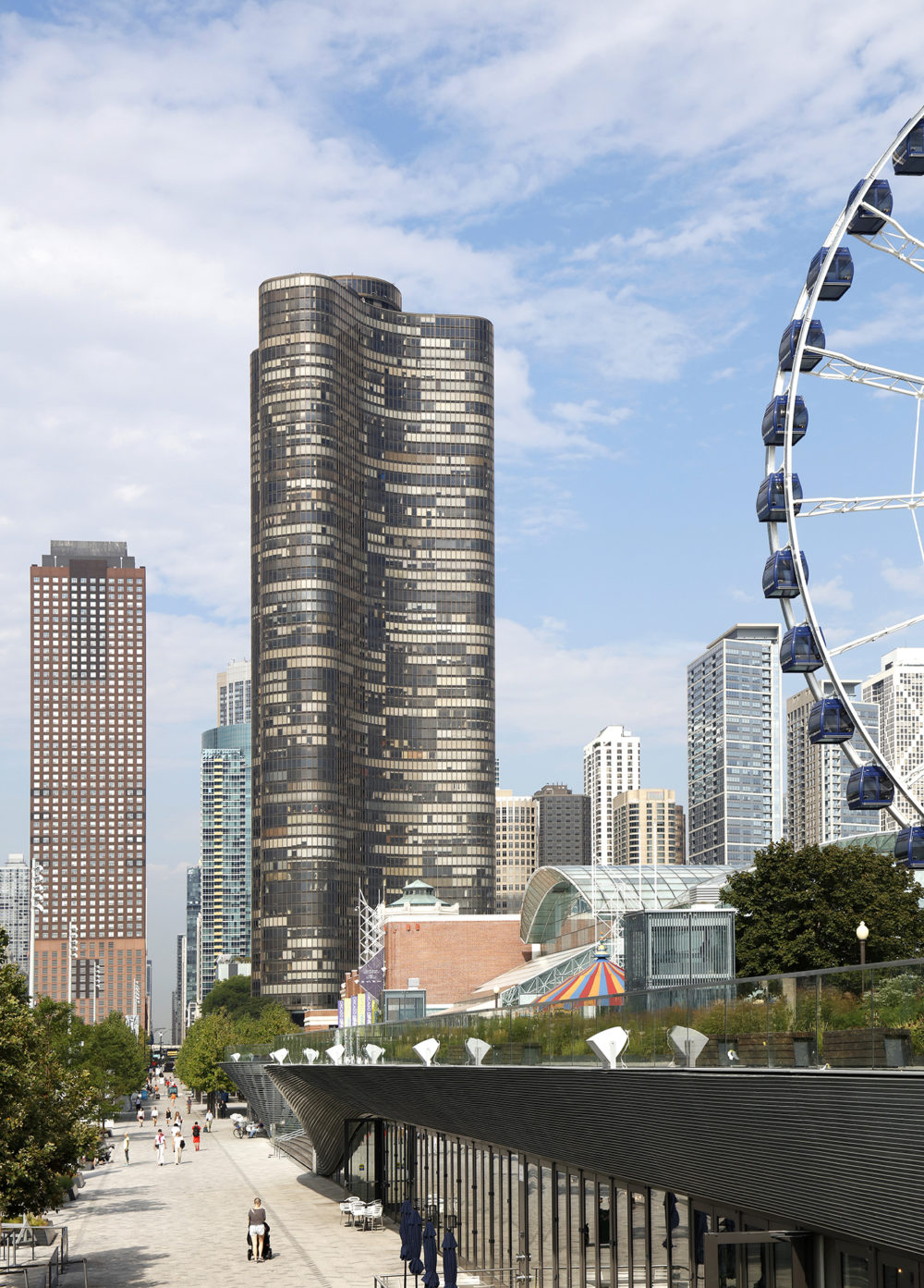 Lake Point Tower on North Lake Shore Drive, Chicago. (Courtesy FirstService Residential Illinois)