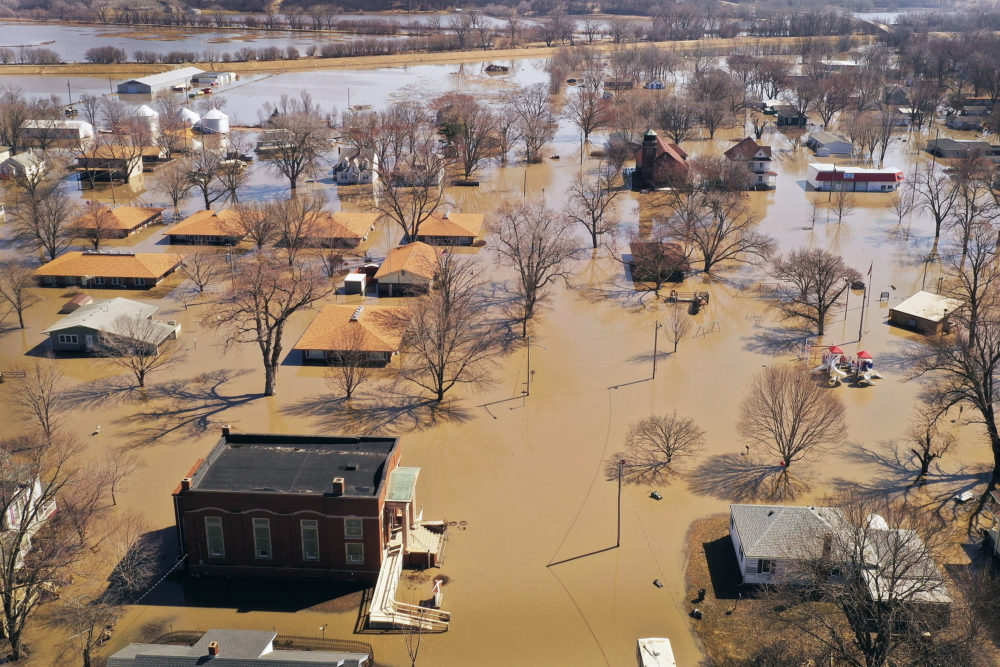 Homes and businesses are surrounded by floodwater on March 20, 2019 in Hamburg, Iowa. (Scott Olson/Getty Images)