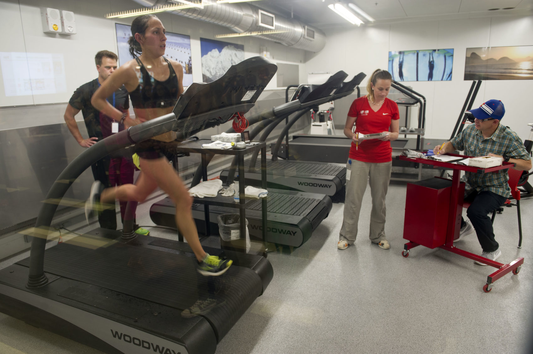 Linden runs inside the High-Altitude Training Center in preparation for the 2016 Rio Olympic games. (Jason Connolly/AFP/Getty Images)