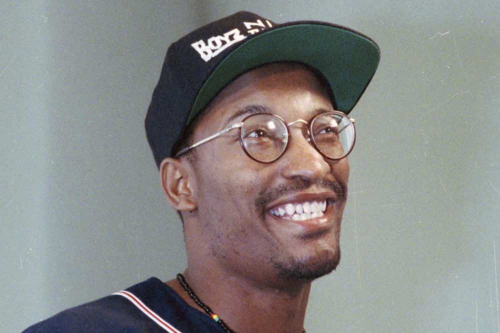 "Filmmaker John Singleton, who made the movie ""Boyz n the Hood,"" in Los Angeles in 1991. Singleton died Monday after suffering a stroke almost two weeks ago. He was 51. (Bob Galbraith/AP)"