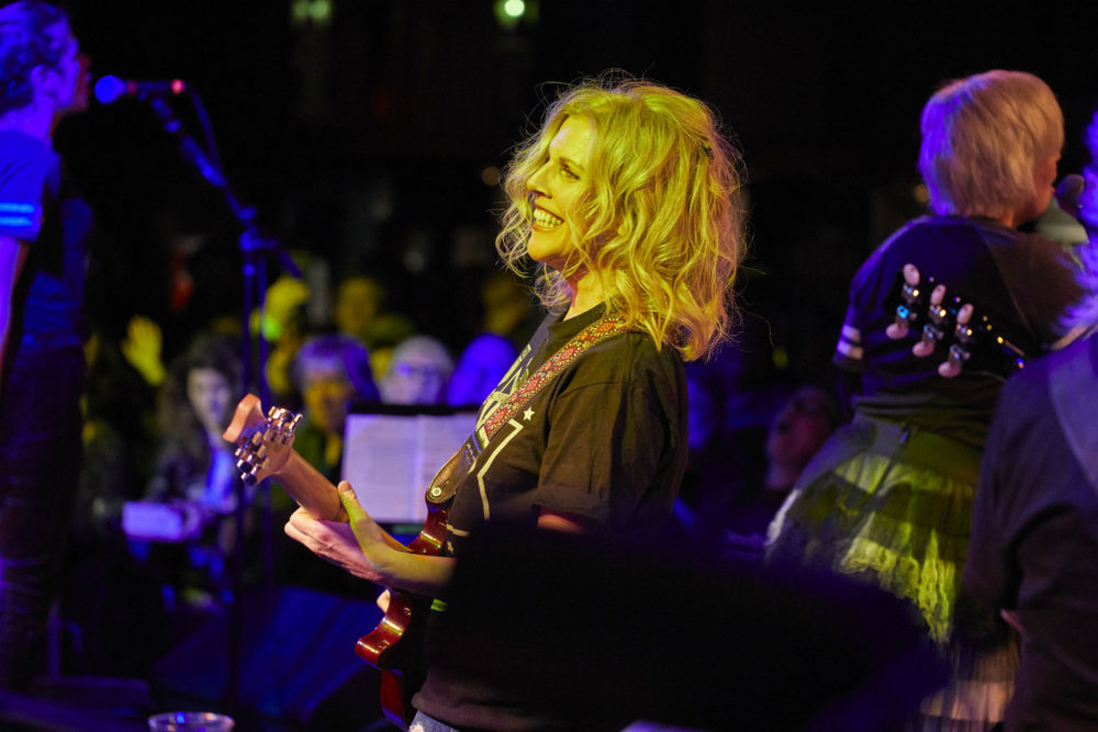 Belly's Tanya Donelly performing with BOTO. (Courtesy Kelly Davidson)