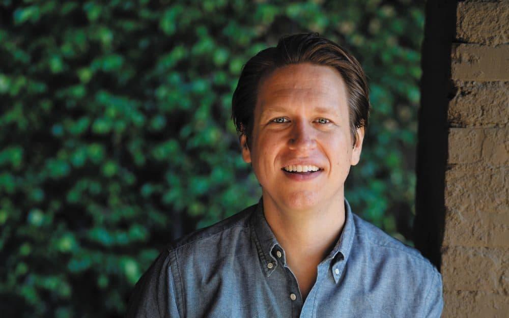 Pete Holmes (Steve Agee)