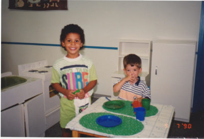 Ryan Reaves and Darcy Oake playing together as children. (Courtesy Scott Oake)