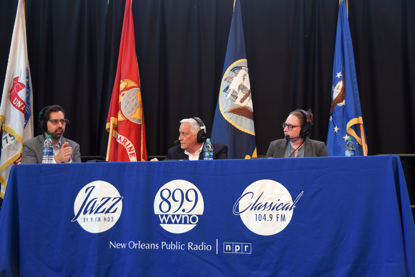 Left to right: David Folkenflik, Walter Isaacson and Gemma Birnbaum. (Tracie Morris Schaefer for WWNO)