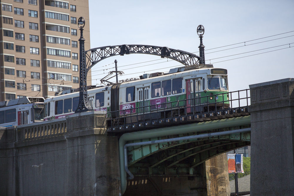 An MBTA Green Line train leaving Science Park Station en route to Lechmere. (Jesse Costa/WBUR)