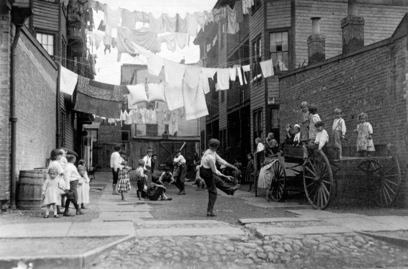 """Playground in a Tenement Alley,"" Lewis Wickes Hine, circa 1909. (Courtesy Art Institute of Chicago)"
