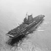The USS Saratoga aircraft carrier with the US Pacific Fleet, sails through San Francisco's Golden Gate on Sept. 13, 1945. (Ernest K. Bennett/AP)