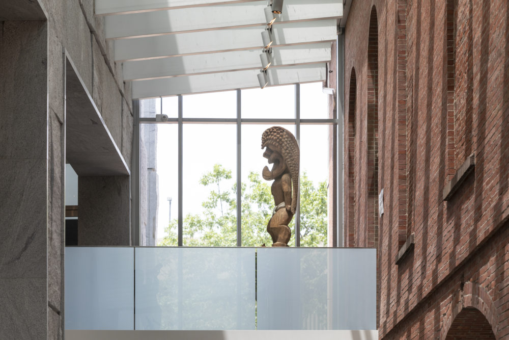 Kūka'ilimoku now sits on a sky bridge outside the newly renovated East India Marine Hall at the Peabody Essex Museum in Salem (Courtesy Peabody Essex Museum / Photo by Kathy Tarantola)