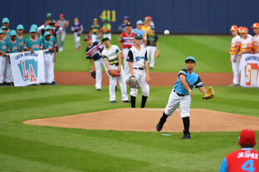 The ceremonial first pitch during the 2019 MLB Little League Classic. (Drew Hallowell/Getty Images)