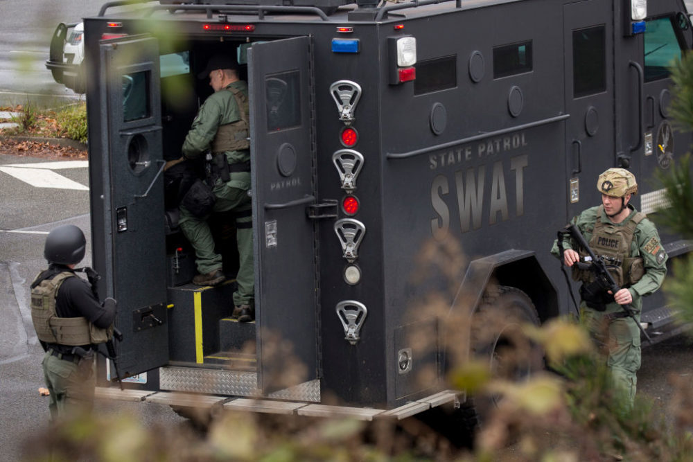 Members of a SWAT team work in Washington state. (David Ryder/Getty Images)