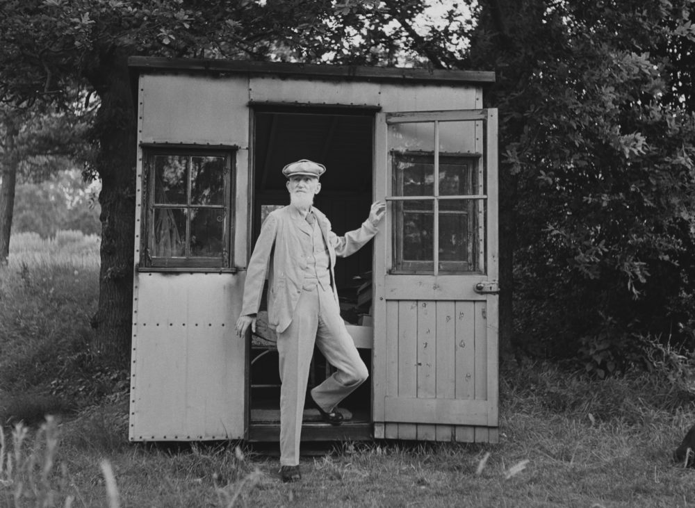 Irish playwright George Bernard Shaw models a potential shed design for fantasy football fans. (George Konig & Chris Ware/Keystone Features/Hulton Archive/Getty Images)