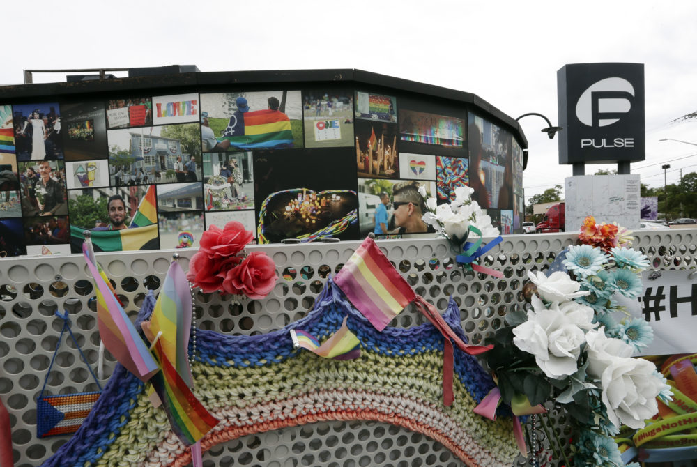 An outside view of the Pulse nightclub temporary memorial. (John Raoux/AP)