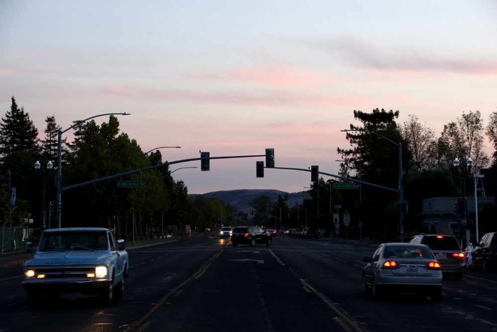 Traffic lights in the Sonoma area are out due to power outages on October 10, 2019 in Sonoma, California. Power outages were scheduled as preemptive moves by PG&E to address hot, dry and windy weather and the risk of wildfires, according to the company.  (Ezra Shaw/Getty Images)