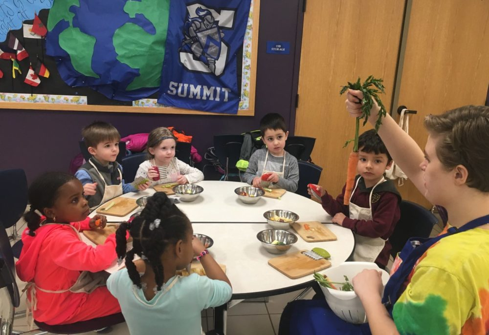 New Leaf Kitchen teaches kids how to cook nutritious, affordable meals. (Courtesy of Annie Streitmarter)