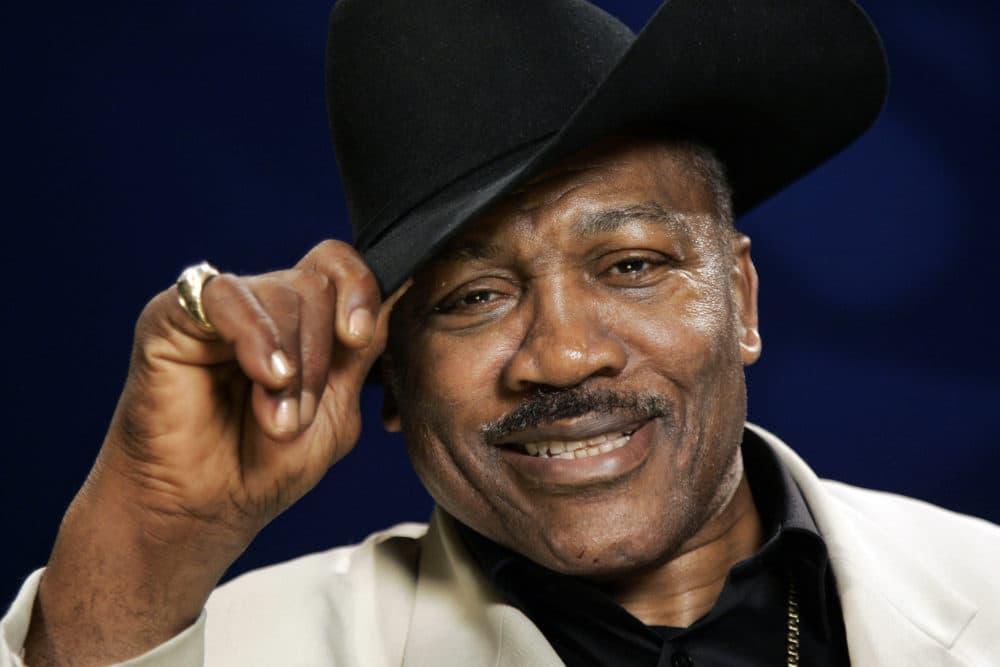 Boxing legend Joe Frazier  (Jeff Christensen/AP)