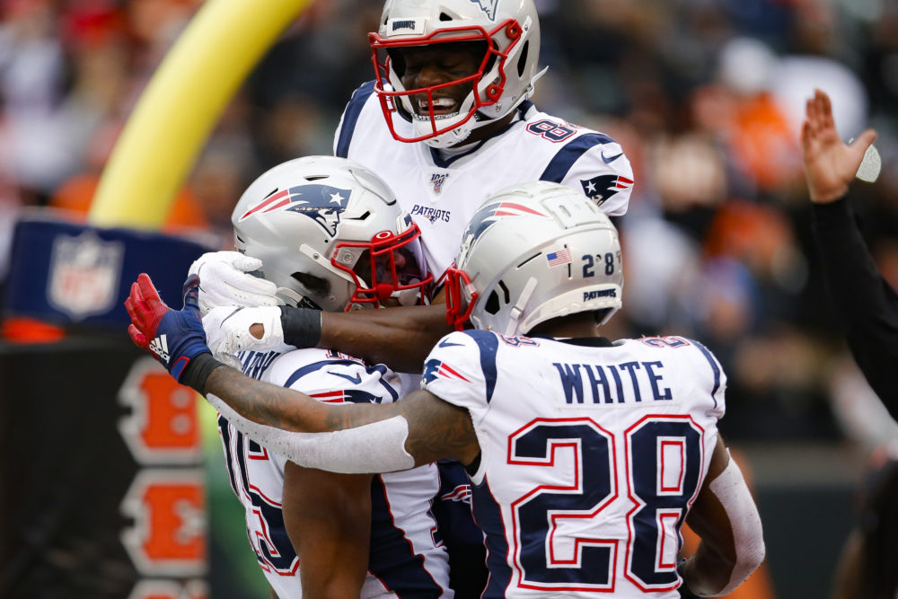 Patriots Clinch Playoff Spot Brady Nears Another Nfl Record With Win In Cincinnati Wbur News New england faces cincinnati next week, so the scout is where he would normally. 2
