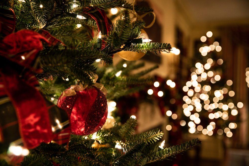 Our annual Christmas music DJ sessions. (T. Rampersad/Unsplash)