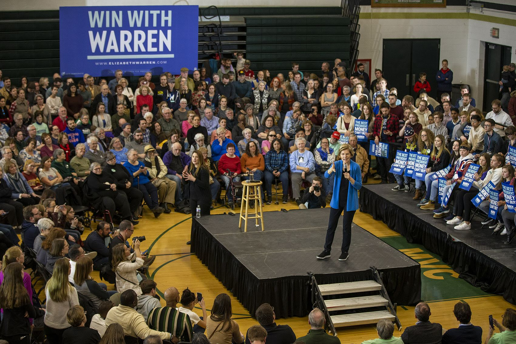 Presidential candidate Elizabeth Warren  speaks to supporters during a campaign event at West High School in Iowa City. (Jesse Costa/WBUR)