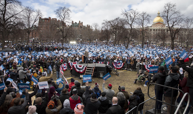 Supporters on Boston Common listen to Bernie Sanders. (Robin Lubbock/WBUR)