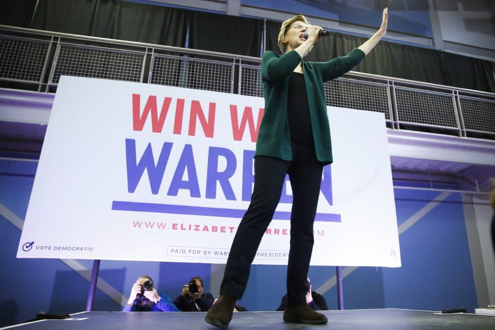 Elizabeth Warren speaks to volunteers during a campaign event Saturday in Manchester, N.H. (Matt Rourke/AP)