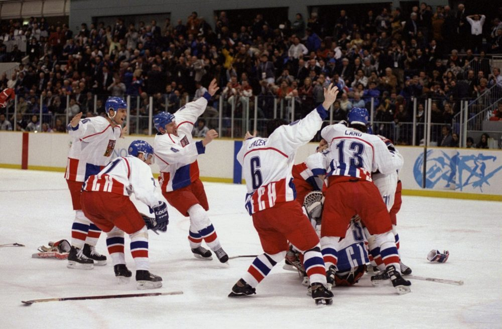 When the Czech Republic men's hockey team won the 1998 Olympics gold medal, there was a historic reason to celebrate. (Doug Pensinger/Getty Images)