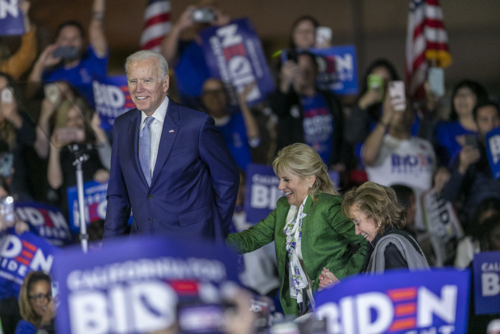 Democratic presidential candidate former Vice President Joe Biden accompanied by his wife Jill Biden and sister Valerie Biden Owens. (David McNew/Getty Images)