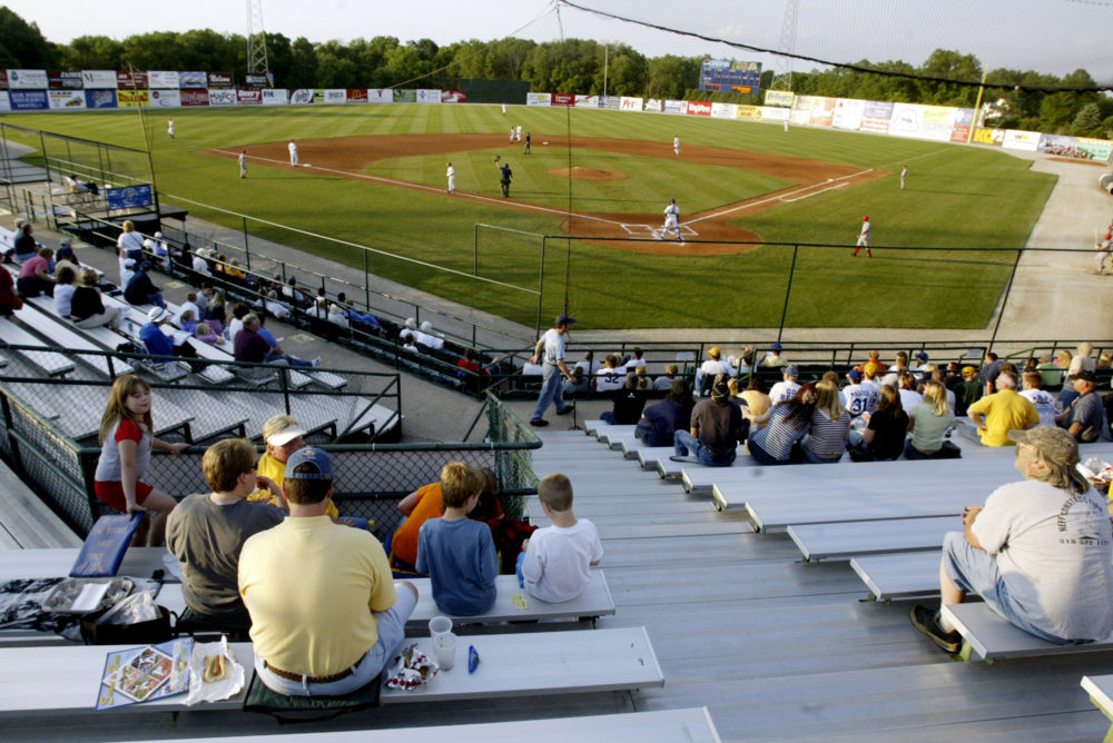 The scene at a 2004 Burlington Bees game in Burlington, Iowa. (John Lovretta/AP)