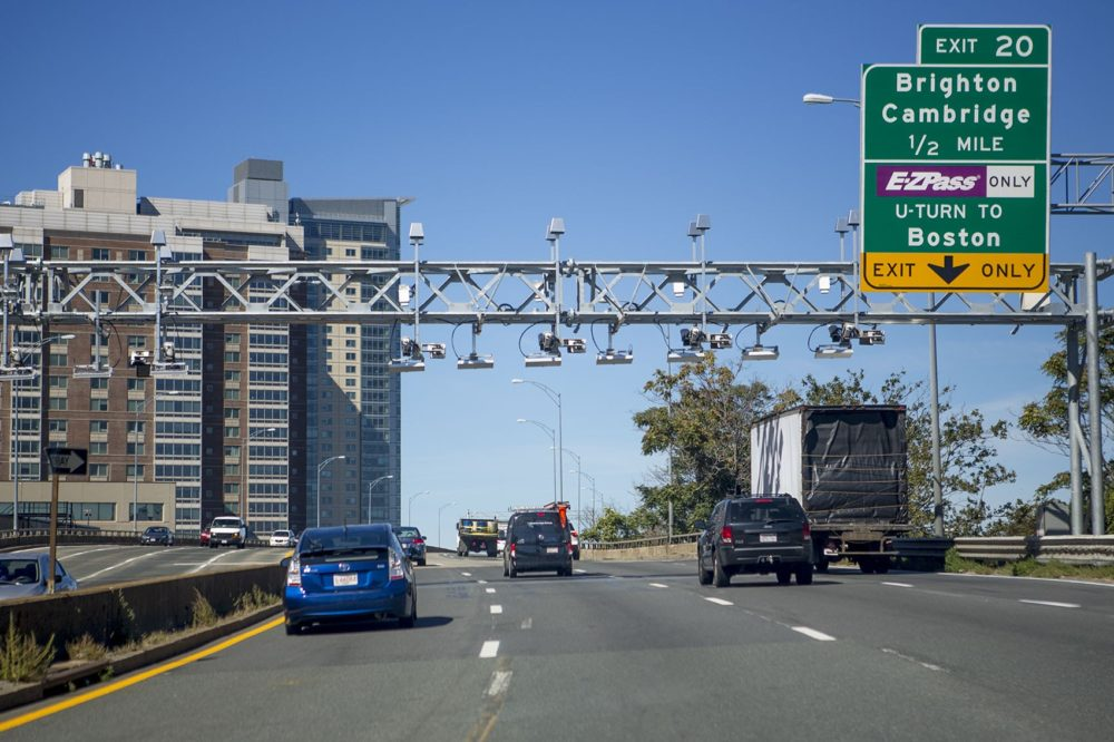 The Mass. Pike. heading westbound before exit 20 to Allston, Brighton and Cambridge. This area between Boston University and the Charles River is slated for reconstruction. (Jesse Costa/WBUR)