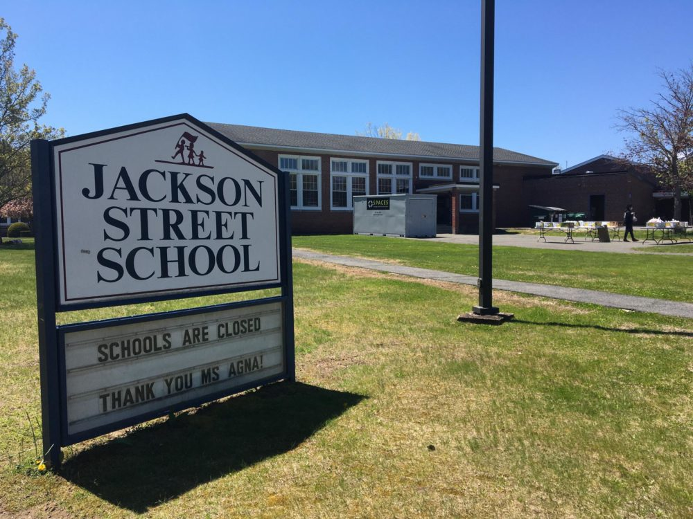 Jackson Street Elementary School in Northampton, Massachusetts. (Nancy Eve Cohen/NEPR)