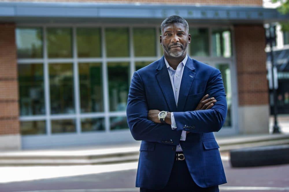 Paul Francisco ha sido el director de diversidad de State Street desde 2017. (Jesse Costa/WBUR)