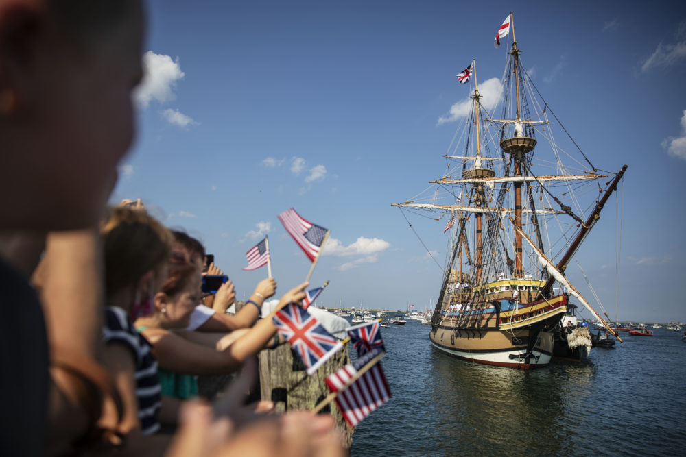 The Mayflower II, a replica of the original Mayflower ship that brought the Pilgrims to America 400 year ago, sails into Plymouth on Monday, Aug. 10, as it returns home following extensive renovations. (David Goldman/AP)