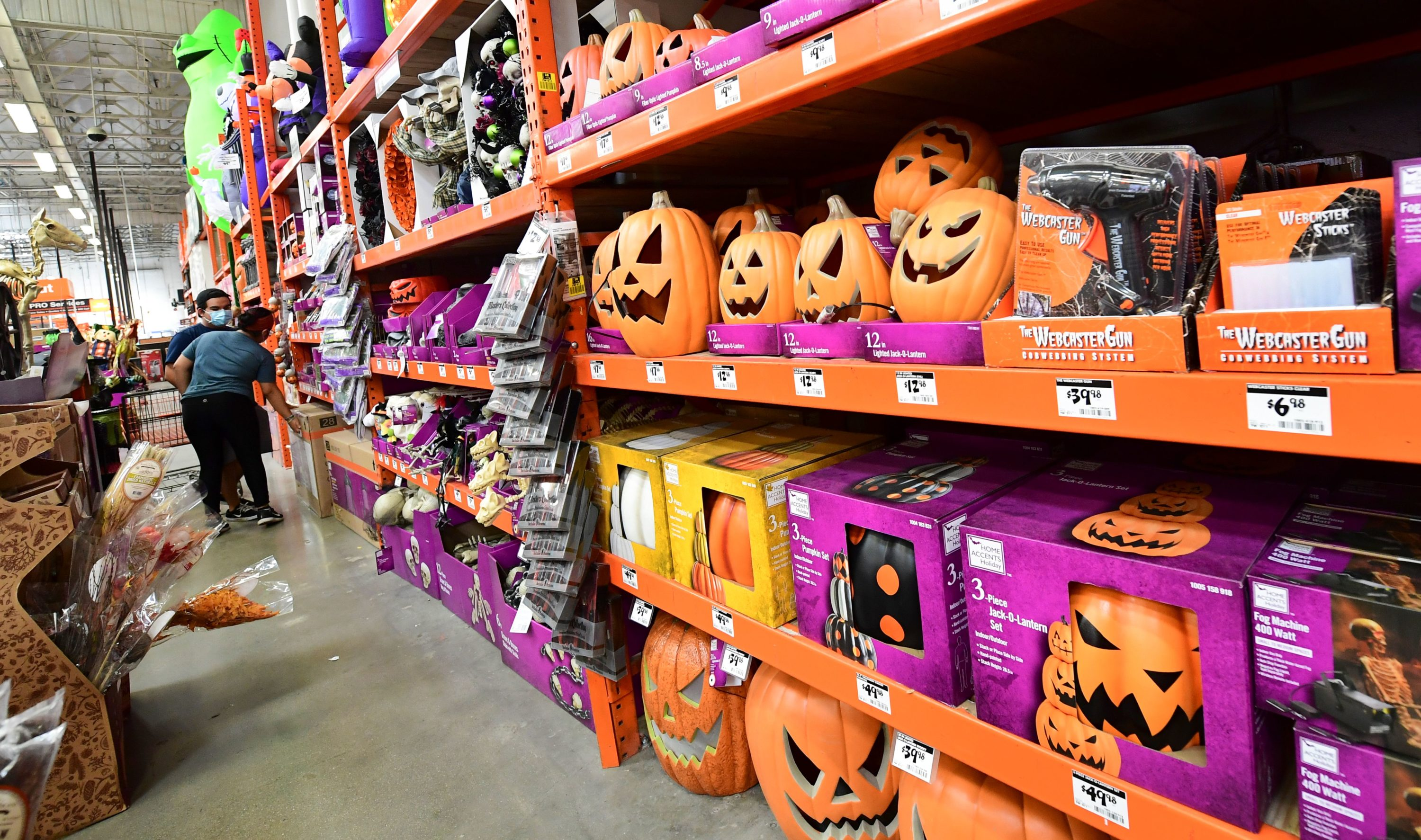 Halloween 2020 Tips To Stay Safe But Have Fun Here Now