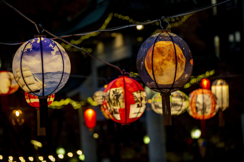 "The ""Lantern Stories"" art installation by Boston artist Yu-Wen Wu at the Rose Kennedy Greenway in Chinatown. (Jesse Costa/WBUR)"