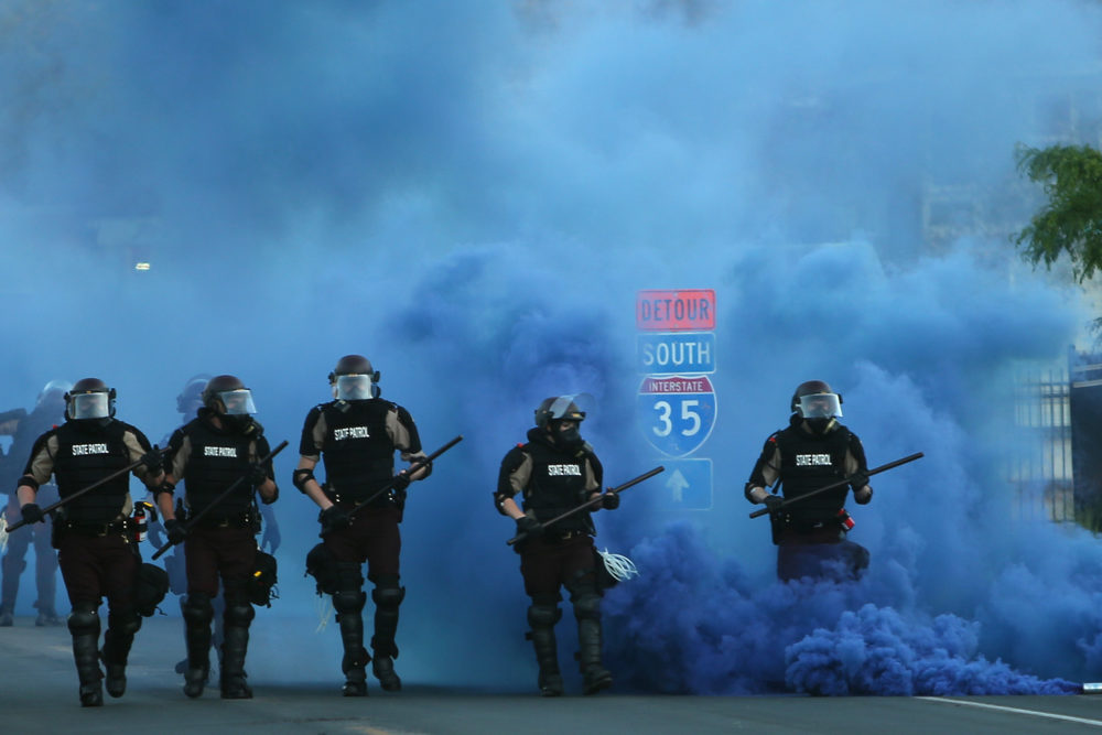 Police advance on demonstrators who are protesting the killing of George Floyd on May 30, 2020 in Minneapolis, Minnesota. (Scott Olson/Getty Images)