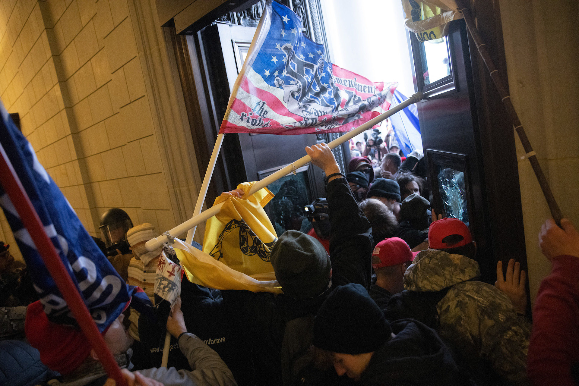 A pro-Trump mob breaks into the U.S. Capitol. (Win McNamee/Getty Images)
