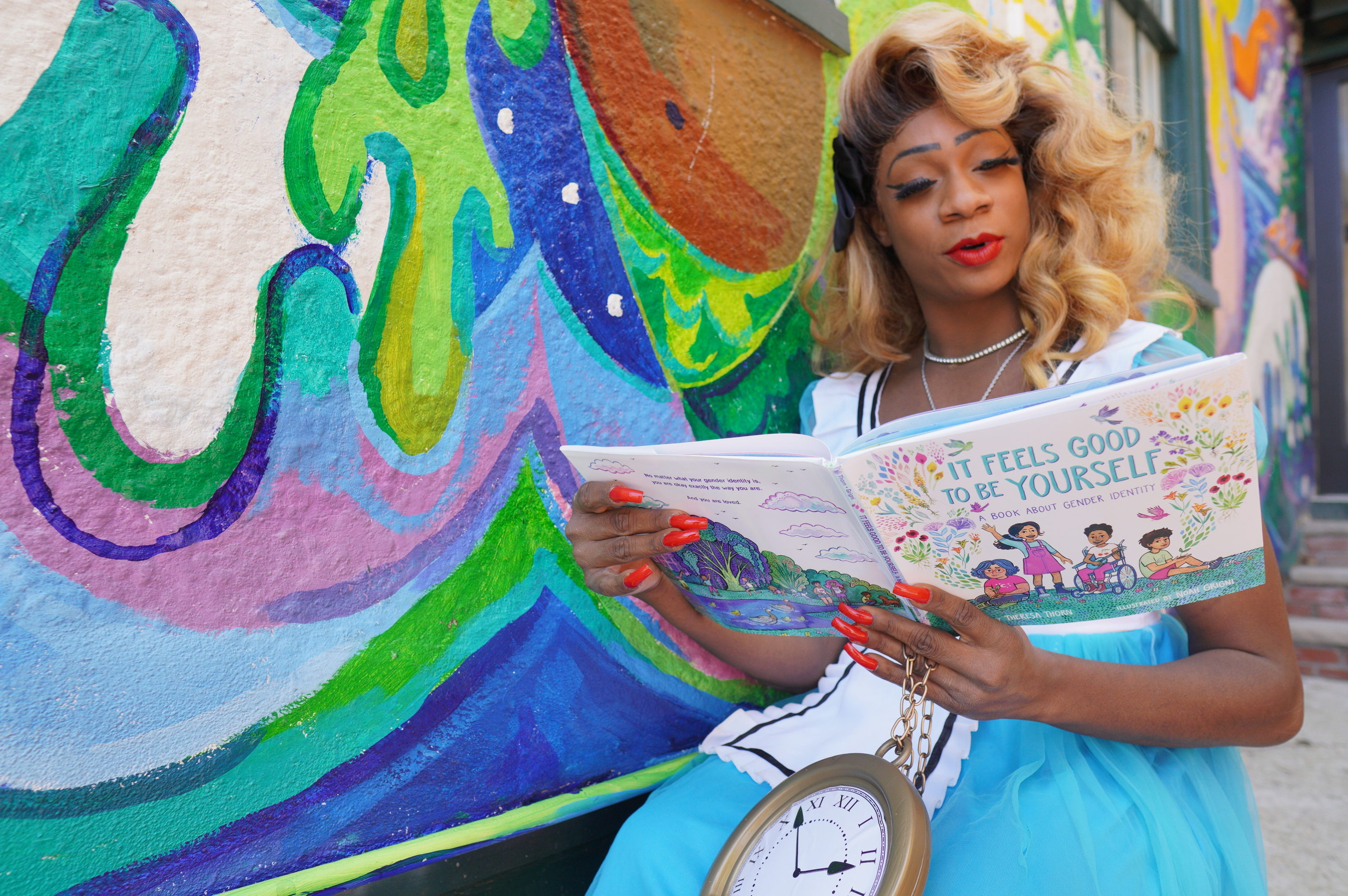 """Lilly Rose Valore as Alice in """"Alice in Rainbowland."""" (Courtesy Carven Creative Media)"""