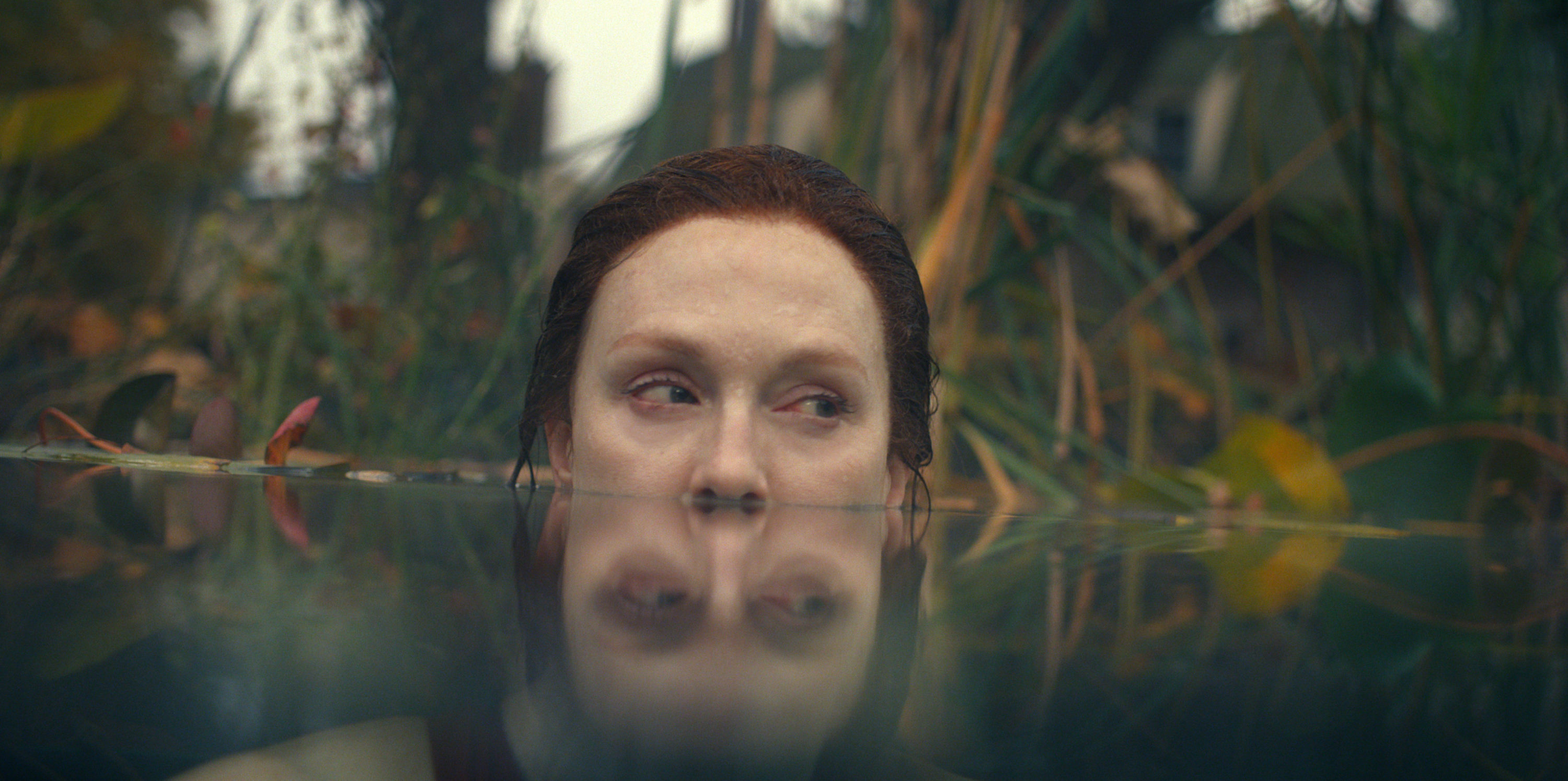 """Julianne Moore in episode one of """"Lisey's Story."""" (Courtesy Apple TV+)"""