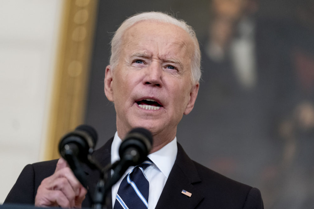 Labor unions are divided over vaccine mandates. The split has become more significant after Biden announced his plan to require federal workers get inoculated and private companies with more than 100 employees get vaccinated.  (AP Photo/Andrew Harnik)