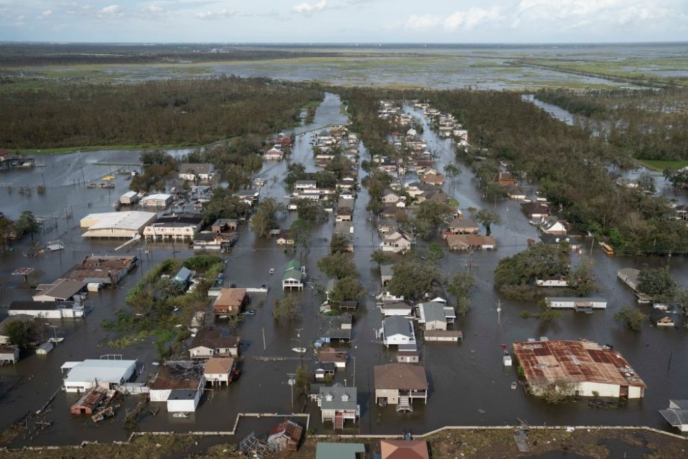 Homes and streets are overwhelmed by water on August 30, 2021, in Jean Lafitte, Louisiana. (Michael Robinson Chavez/Getty Images)