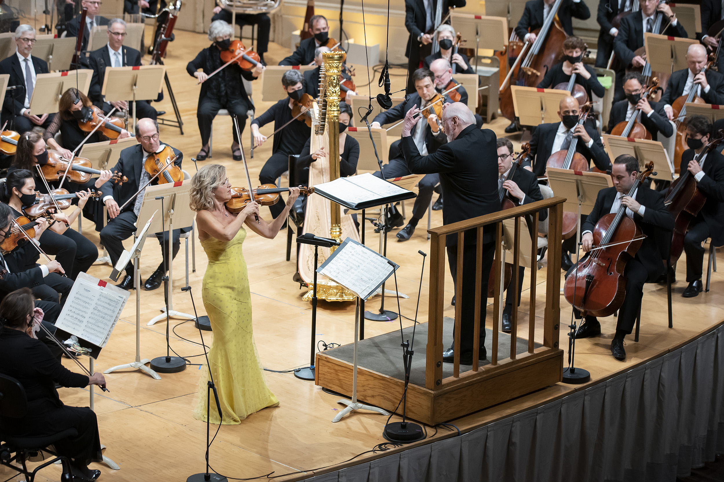 Anne-Sophie Mutter performs John Williams film score arrangements with the composer conducting at Symphony Hall on Sunday, Oct. 3, 2021. (Courtesy Winslow Townson)